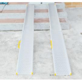 鋁合金軌道式斜坡板